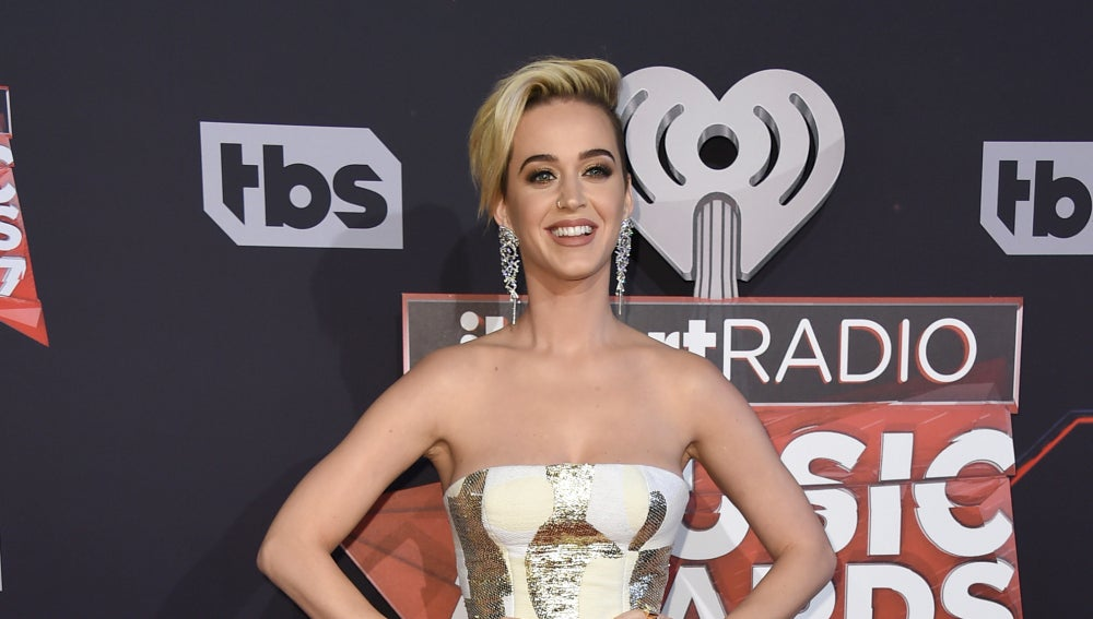 Katy Perry reaparece tras su ruptura con Orlando Bloom