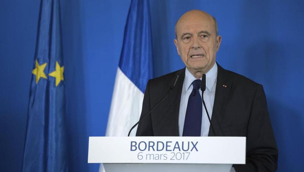 El ex primer ministro francés y derrotado en las primarias de la derecha Alain Juppé