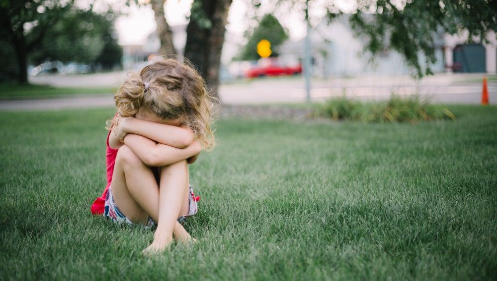 Imagen de archivo de una niña pequeña