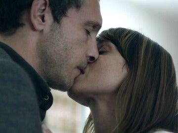 """Marian muestra sus sentimientos: """"No sé si estoy enamorada de ti, pero te quiero"""""""