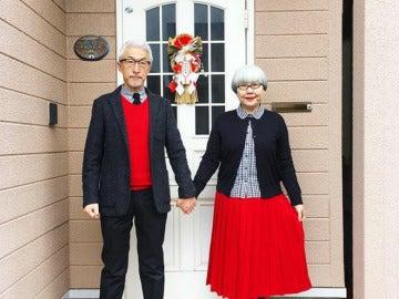 Un matrimonio publica fotografías en las que visten con el mismo estilo
