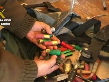 Frame 28.450087 de: Detenidos los integrantes de una banda especializada en el robo de viviendas