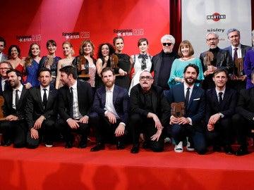 Foto de familia en los premios Fotograma de Plata 2016
