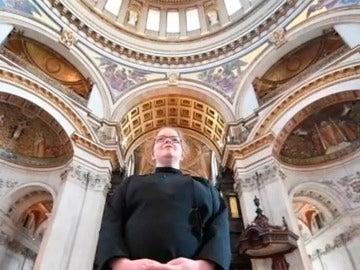 Carris Jones, la nueva cantante del coro de la catedral de San Pablo