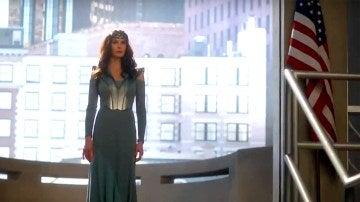Primera aparición de Teri Hatcher en 'Supergirl'