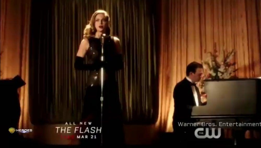Frame 3.991987 de: El crossover musical entre 'The Flash' y 'Supergirl' te va a poner a bailar