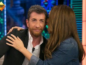 Mónica Naranjo susurra al oído de Pablo Motos su 'aullido' más sensual