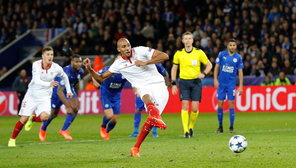 Nzonzi lanza el penalti ante el Leicester