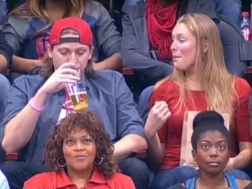 Una pareja acaba mal por una Kiss Cam