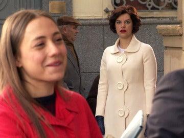 Marta se queda en shock tras el beso entre Alba y Rafael