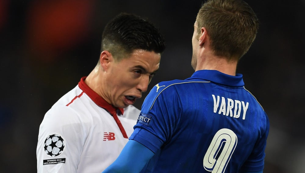 Nasri se encara con Vardy antes de ser expulsado