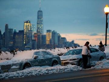 Nueva York cubierta de nieve tras la tormenta 'Stella'