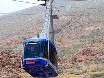 Teleférico afectado por una avería en el Teide