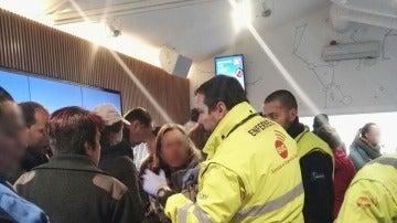 Los servicios de emergencias en el lugar de los hechos
