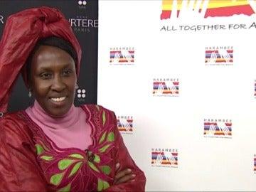 Frame 27.074221 de: Una profesora de ética y política en Nairobi se convierte en la promotora de la lucha por la mujer