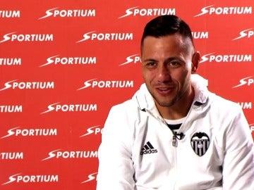 """Frame 140.236746 de: Diego Alves: """"Messi, Neymar y Suárez son los tres depredadores más importantes que conozco"""""""