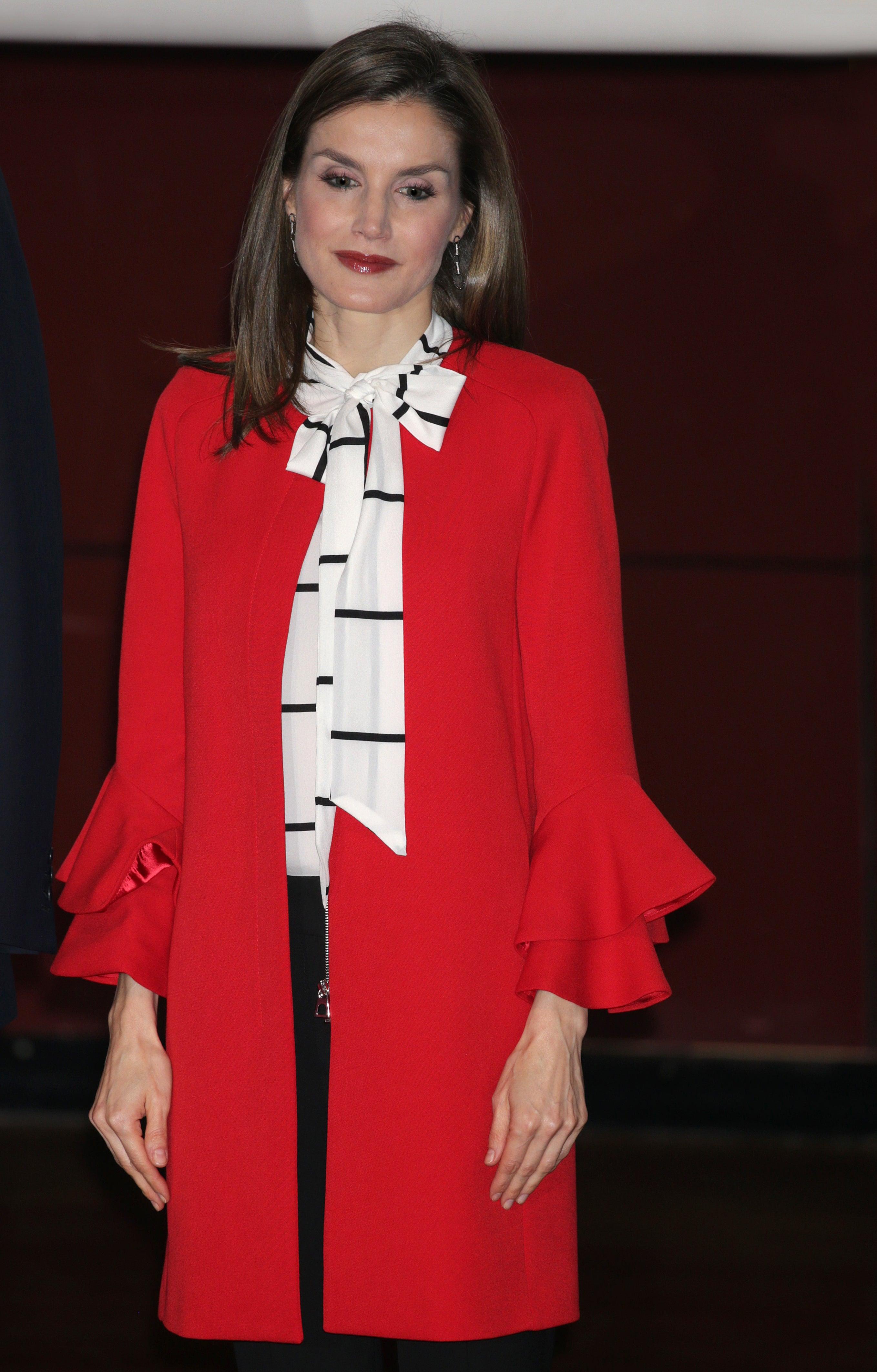 Abrigo rojo de zara reina letizia
