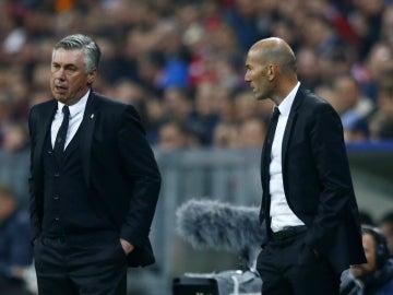 Ancelotti, junto a Zidane