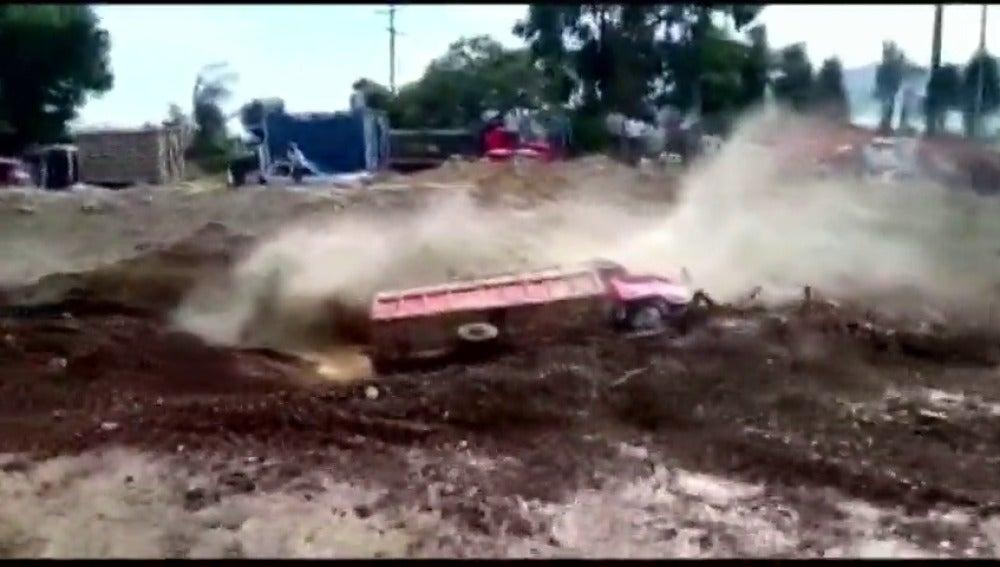 Frame 14.755743 de: Las lluvias torrenciales que afectan a Perú dejan ya 62 muertos y más de medio millón de afectados