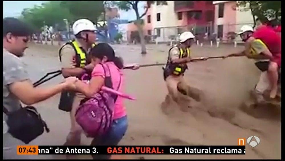 Frame 89.966666 de: PERU