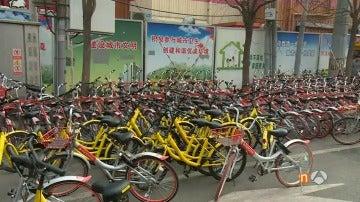 Frame 38.631111 de: Las bicicletas de alquiler, un dilema para las grandes urbes chinas