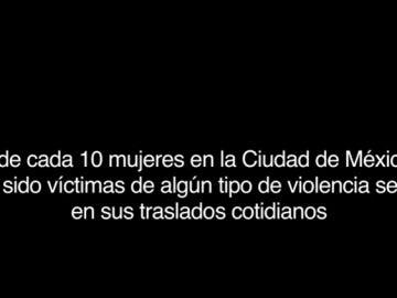 Insertan un pene en el metro de Ciudad de México para concienciar sobre el acoso