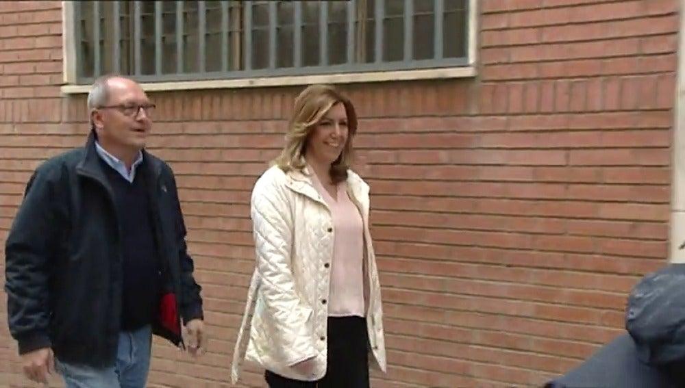 Frame 1.304935 de: Susana Díaz comunica oficialmente a su ejecutiva que aspira a liderar el PSOE y sigue en la Junta