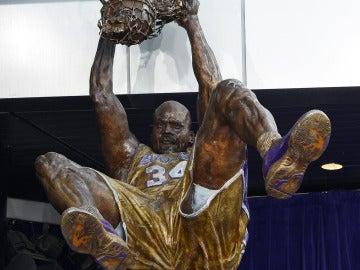 Estatua de Shaquille O'Neal