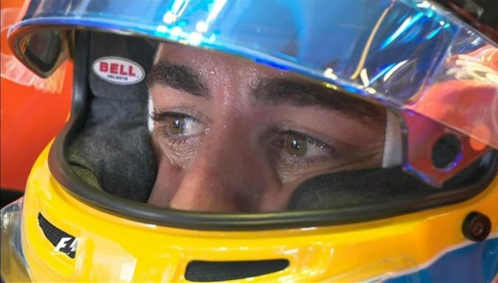 Fernando Alonso, dentro del cockpit