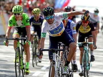 Valverde celebra su victoria en la Volta a Catalunya