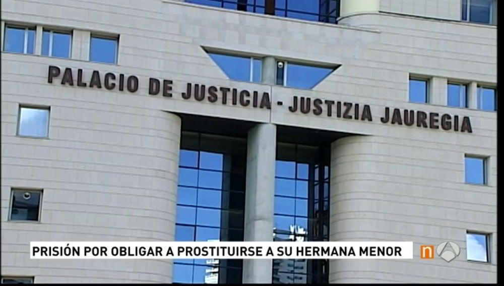 Frame 20.638538 de: Prisión para la detenida en Burlada por obligar  a su hermana menor a prostituirse