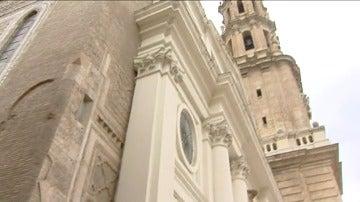 Frame 24.529175 de: El Ayuntamiento de Zaragoza pretende arrebatar a la Iglesia la titularidad de la catedral y del templo de la Magdalena