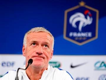 Didier Deschamps en rueda de prensa
