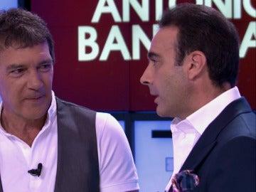 Enrique Ponce y Antonio Banderas recuerdan el dueto que protagonizaron en el cumpleaños del actor