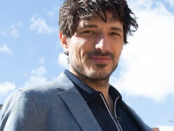 Andrés Velencoso vuelve a la gran pantalla con 'Señor Dame Paciencia'