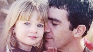 'El árbol de tu vida' recibe a Antonio Banderas con un emotivo mensaje de su hija