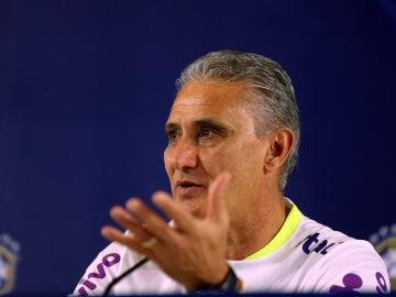 El técnico de la selección brasileña de fútbol, Adenor Leonardo Bachi 'Tite'