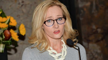 La escritora de éxito mundial J.K. Rowling