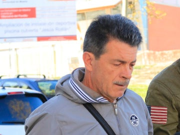 El padre de David Bustamante por las calles de Madrid