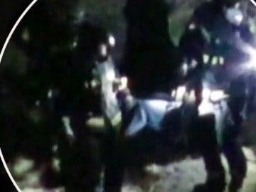 Frame 26.350242 de: Un detenido como presunto autor del incendio de una casa cueva en Almería que causó la muerte de tres jóvenes de 12, 14 y 21 años