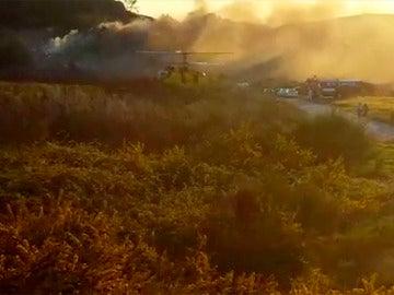 Vista de la explosión en una fábrica pirotécnica de Portugal