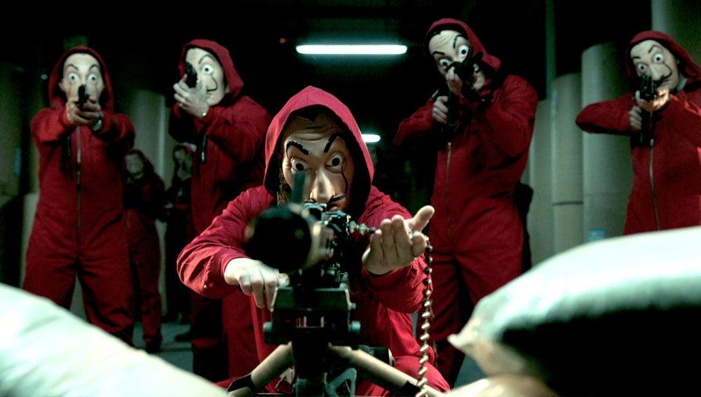 Primeras imágenes de 'La Casa de Papel', un thriller policíaco con pasión, sangre y acción