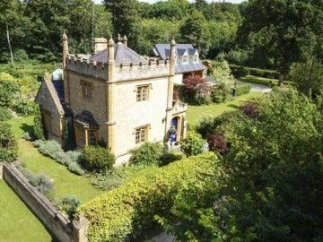 El castillo más pequeño de Gran Bretaña puesto en venta