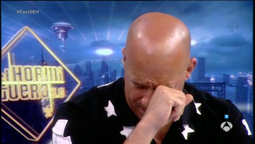 Frame 25.82316 de: Vin Diesel se emociona al recordar a su compañero fallecido, Paul Walker