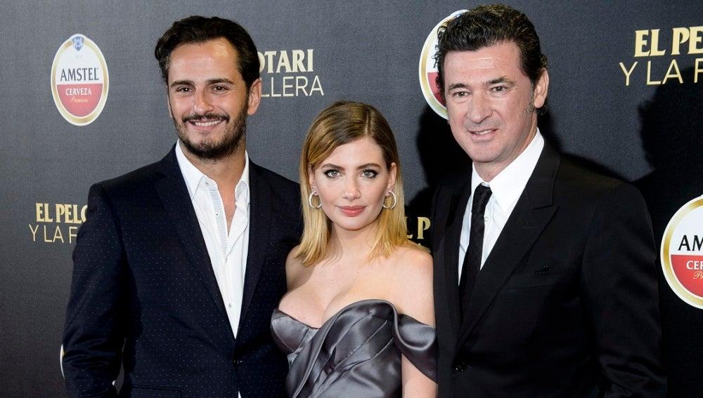 Asier Etxeandia, Miriam Giovanelli y Julio Medem, el equipo de 'El pelotari y la fallera'