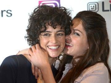 Blanca Romero y su hija Lucia Rivera derrochando alegría y complicidad