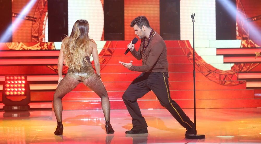 Juanma Jerez nos hace bailar al ritmo de los tambores con 'Pégate' de Ricky Martin