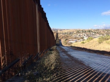 Imagen de la valla fronteriza entre EEUU y México