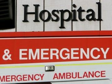 Una familia es traslada al hospital tras ser víctimas de una agresión con ácido sulfúrico