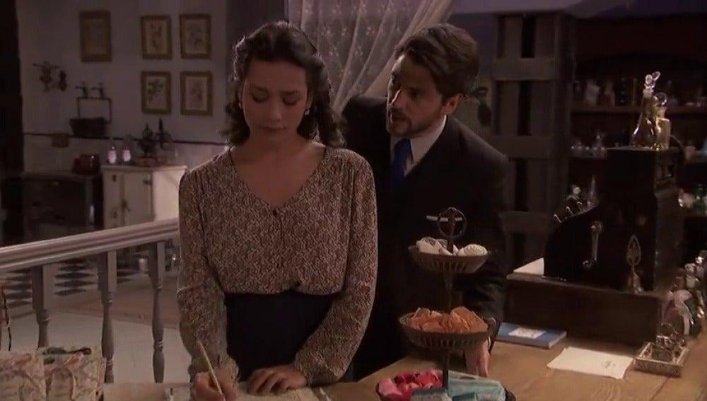 Frame 13.502904 de: Lucía, una gran enemiga en el matrimonio de Camila y Hernando
